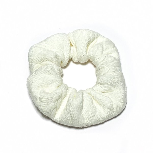 Scrunchie - White Knit